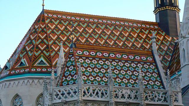 Dach der Matthiaskirche
