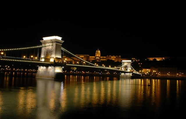 Kettenbruecke in Budapest