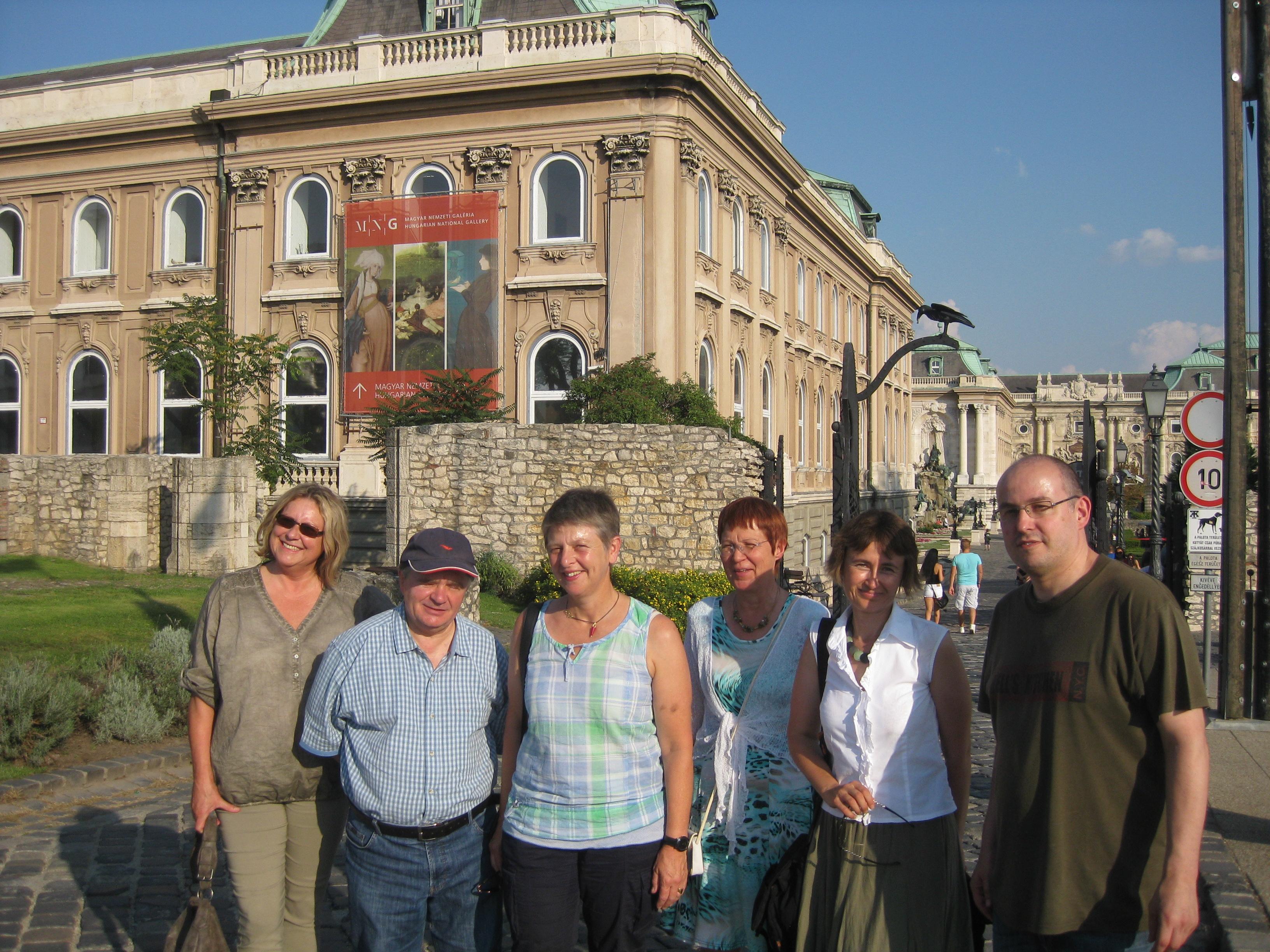 Am Koeniglichen Palast in Budapest