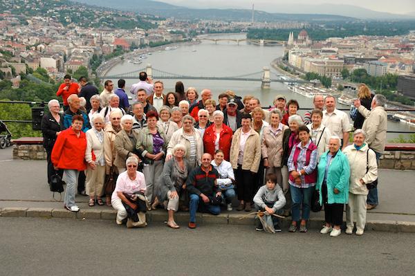 Mit einer Gruppe auf dem Gellertberg