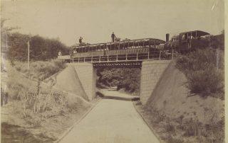 Bremser auf der Zahnradbahn in Budapest 1900